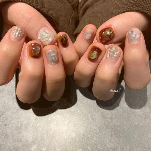 HEARTYスタッフ ももかちゃんのネイル♡̷♡̷#riconail #HEARTY #abond #nail #nails #gelnail #gelnails #nailart #nuancenail #ネイル #ジェルネイル #ネイルケア #ニュアンスネイル #個性派ネイル @riconail123