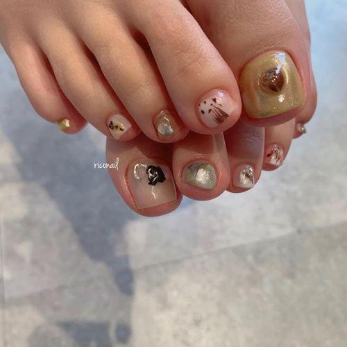 footnail#riconail #HEARTY #abond #nail #nails #gelnail #footnail #gelnails #nailart #beauty #fashion #nuancenail #ネイル #ジェルネイル #ネイルデザイン #フットネイル #フットケア #ミラーネイル #アシンメトリーネイル @riconail123