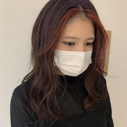 stylist シオリ @shiori_tomii #hearty#shiori_hair #インナーカラー#ポイントカラー#韓国ヘア #バングカラー#高崎美容室#群馬美容室#高崎#群馬