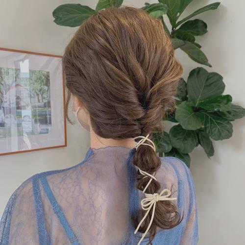 担当→コガワ @momokakogawa hair set🩰#ヘアセット#簡単アレンジ#ヘアアレンジ#紐アレンジ#オリーブベージュ#ベージュカラー#高崎美容室#群馬美容室