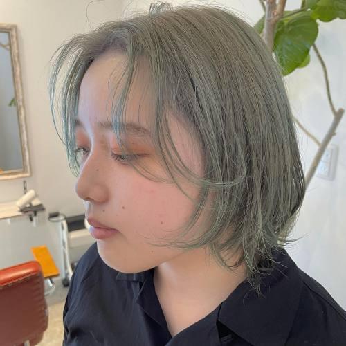 担当シオリ @shiori_tomii ライムグリーンcolor#hearty#shiori_hair #ライムグリーン#オリーブ#オリーブカラー #ミントグリーン #ウルフ#ウルフカット #ウルフカット女子 #高崎美容室#群馬美容室#高崎#群馬