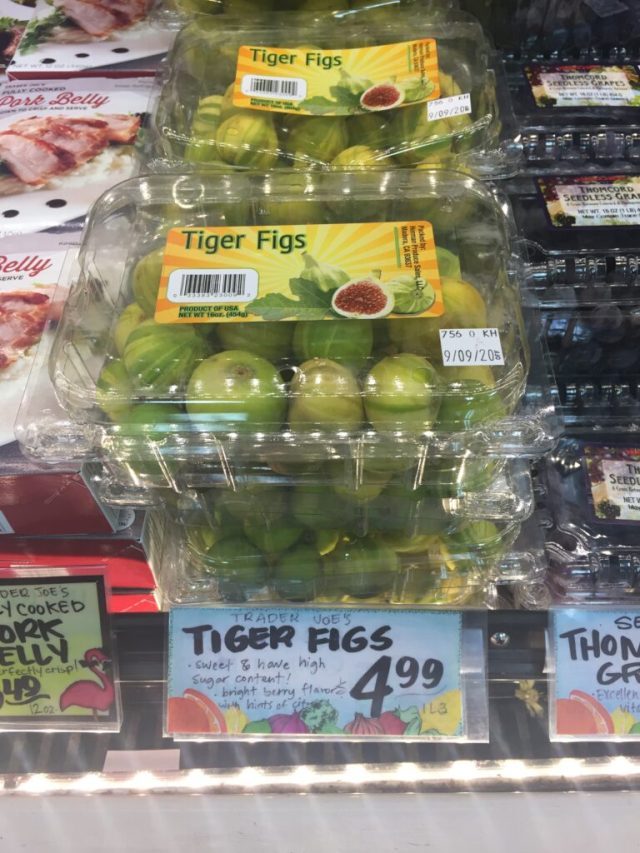 Tiger figs in clamshells