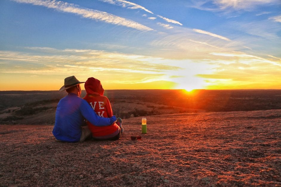 Sunset Hike to the Top of Enchanted Rock [Vlog]