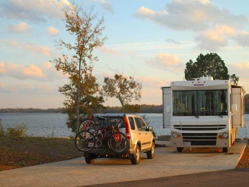 nashville bikes waterfront camping