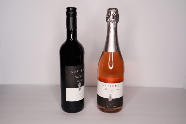 Summer Relaxation Gift Guide Sapiens Non-Alcohol Wine