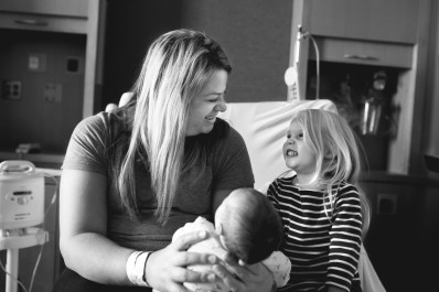 fresh-48-photography-columbus-ohio-mom-with-daughters-laughing-2-black-and-white