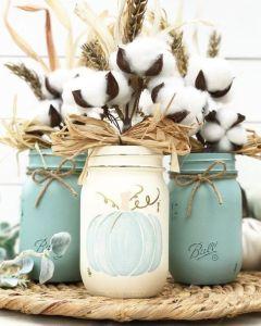 Using crafts to destress and create an enjoyable environment. #HeatherEarles #crafts #herbnwisdom #masonjars
