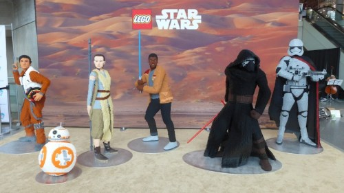 New York Toy Fair: Life Size Lego Star Wars Characters