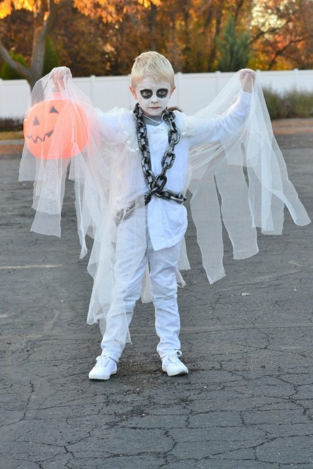 easy diy ghost costume