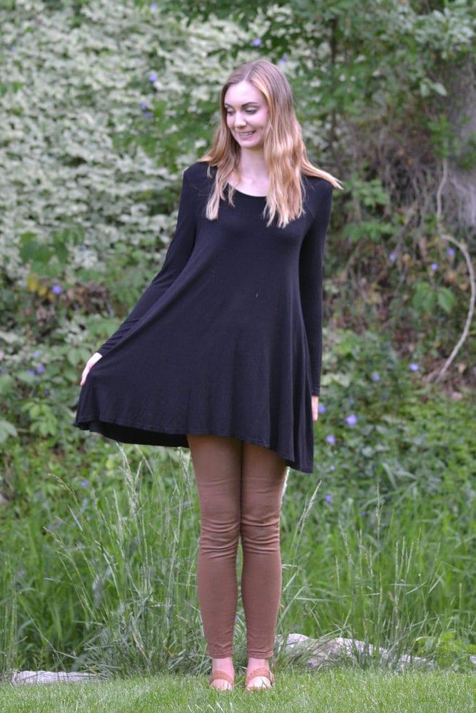 Easy Dress Refashion Tutorial // heatherhandmade.com