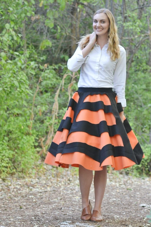 Spider Web Skirt Tutorial: Easy Halloween Skirt // heatherhandmade.com
