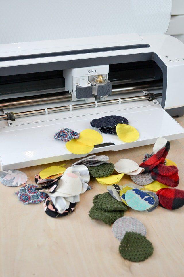 cut fabric cricut maker