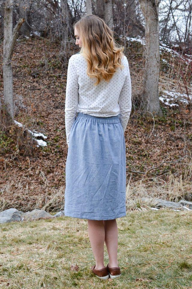 Easy Flat Front Skirt + Free Pattern // heatherhandmade.com