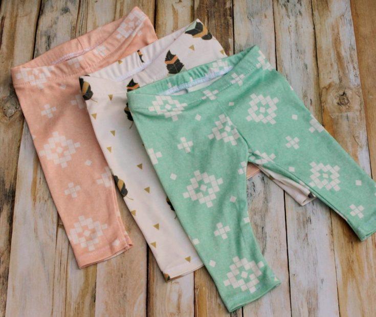DIY Free Baby Leggings Pattern - Sewing DIY Christmas Baby Gifts!