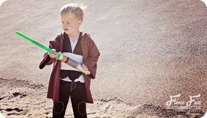 Easy Jedi DIY Costume Tutorial
