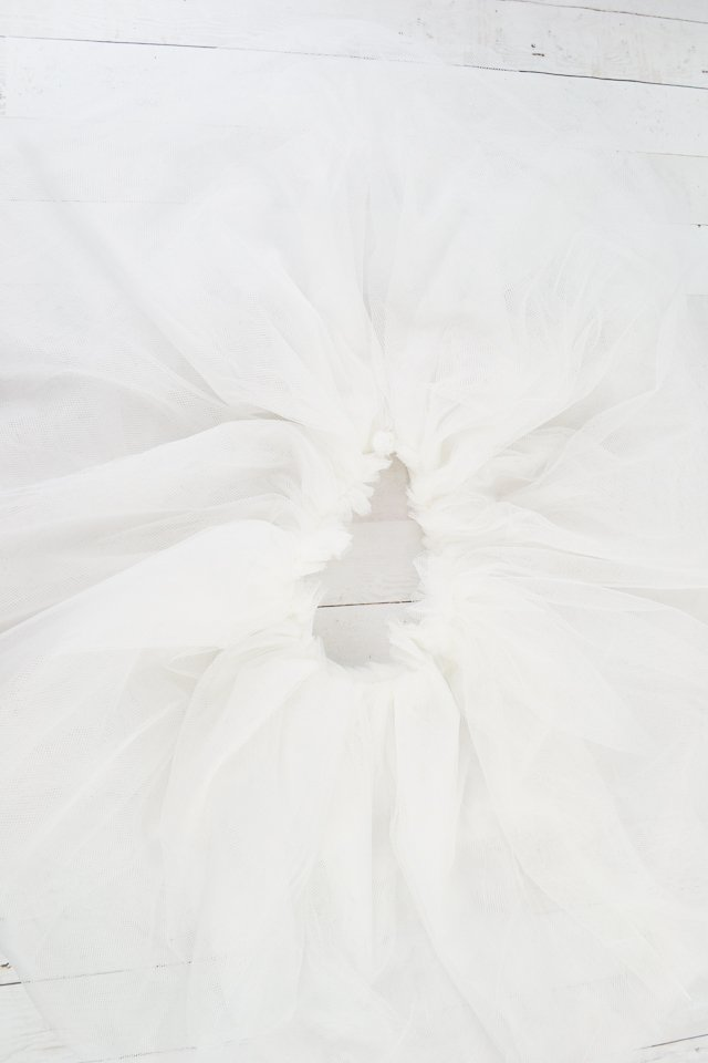 gather tulle tail fabric