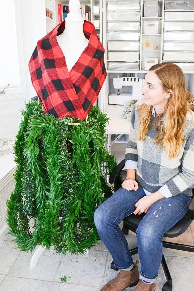 buffalo plaid dress form christmas tree