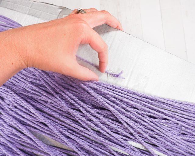 when end glue yarn to box