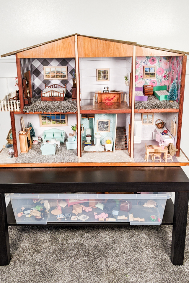 diy redo dollhouse