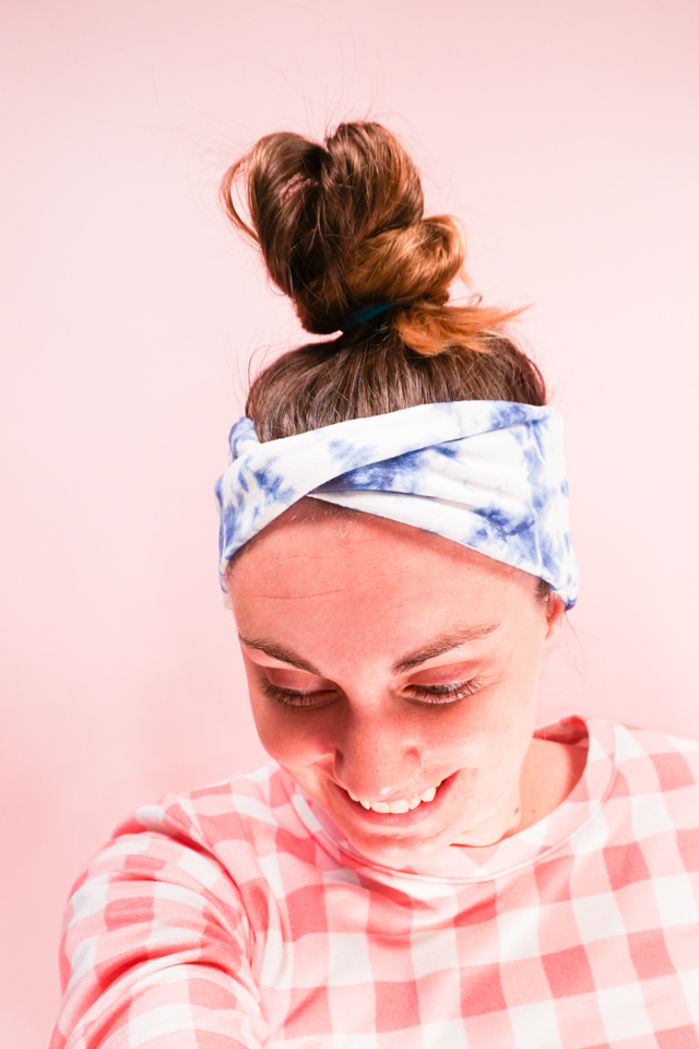 How to Sew a Twisted Headband: Two Ways