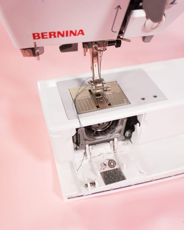 bernina sewing machine foot and bobbin