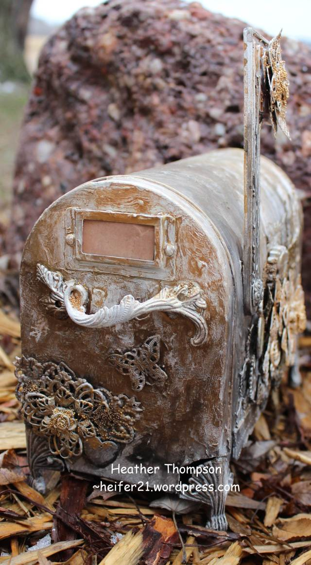 mailbox outside 5