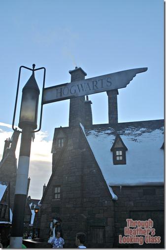 hogwarts sign