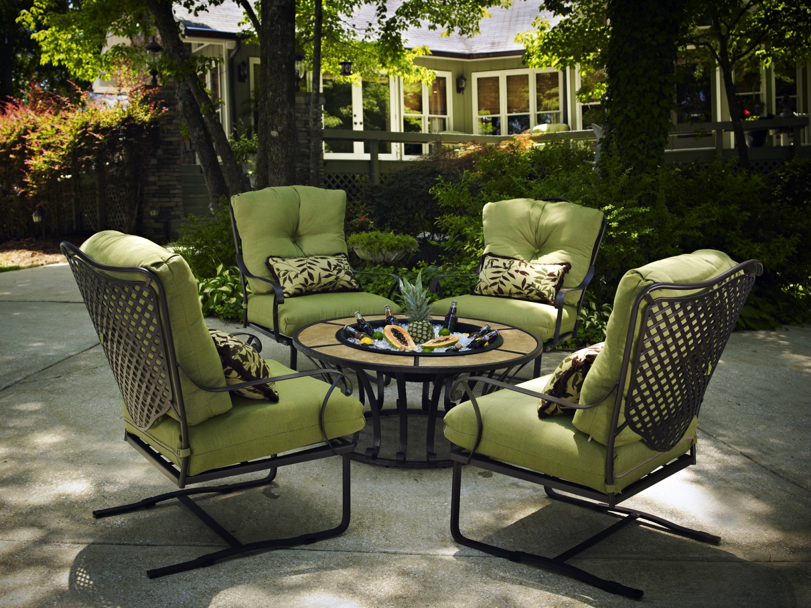 Hot Tubs, Fireplaces, Patio Furniture
