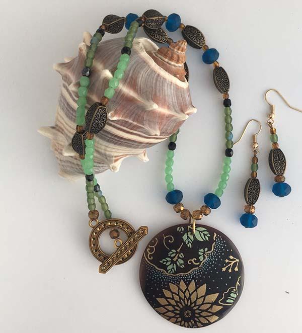 Japanese necklace set