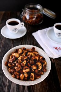 Sweet & Spicy Cashews | Deliciously sweet with just a hint of heat, you won't be able to stop nibbling on this tasty appetizer. Stress-free and easy to prepare, they are perfect for holiday parties or gifts! | heavenlyhomecooking.com