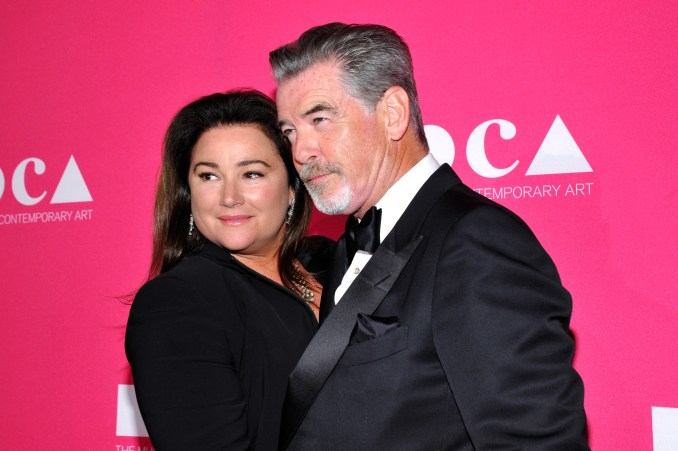 Keely Shaye Smith (L) and Pierce Brosnan