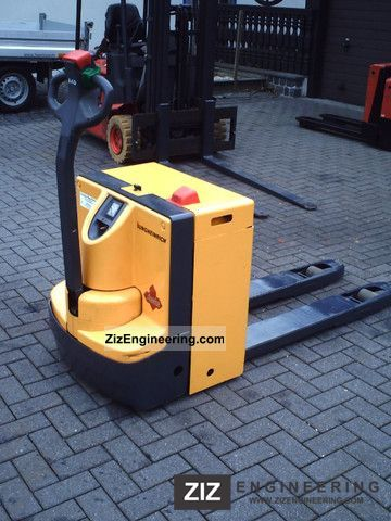 Jungheinrich Ele 20 110 Low Lift Truck Photo And Specs