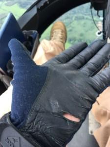 torn_glove