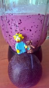 Творог, ягоды, слива и Мэгги