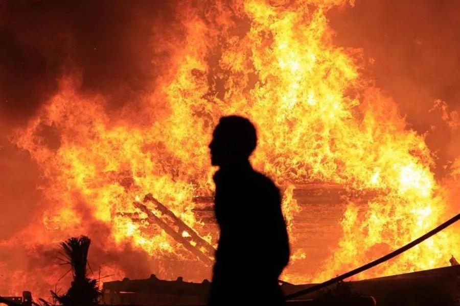 מצרים עולה באש