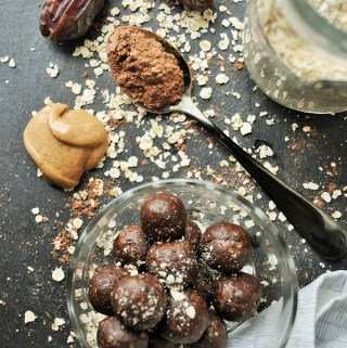 Peanut Butter Cacao Oat Balls