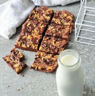 Healthier Oat Peanut Butter Brownies