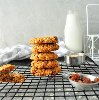 Chewy Healthier Oat and Raisin Cookies
