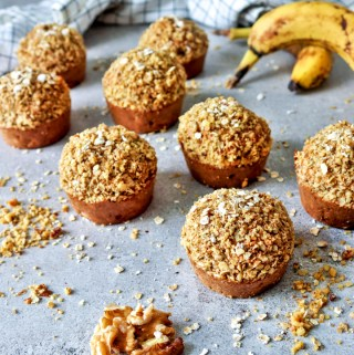 Healthy Banana Oat and Walnut Crumb Muffins
