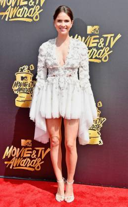 rs_634x1024-170507164424-634-Shelley-Hennig-mtv-movie-tv-awards-2017