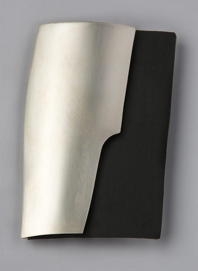Alba Polenghi Lisca, broche
