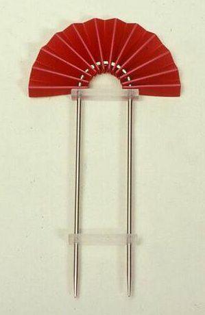 Paul Derrez, Waaierspeld, 1982. Collectie Design Museum Den Bosch, metaal