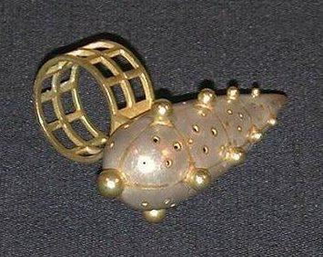 Daniel Kruger, ring 1998. Collectie Design Museum Den Bosch, metaal