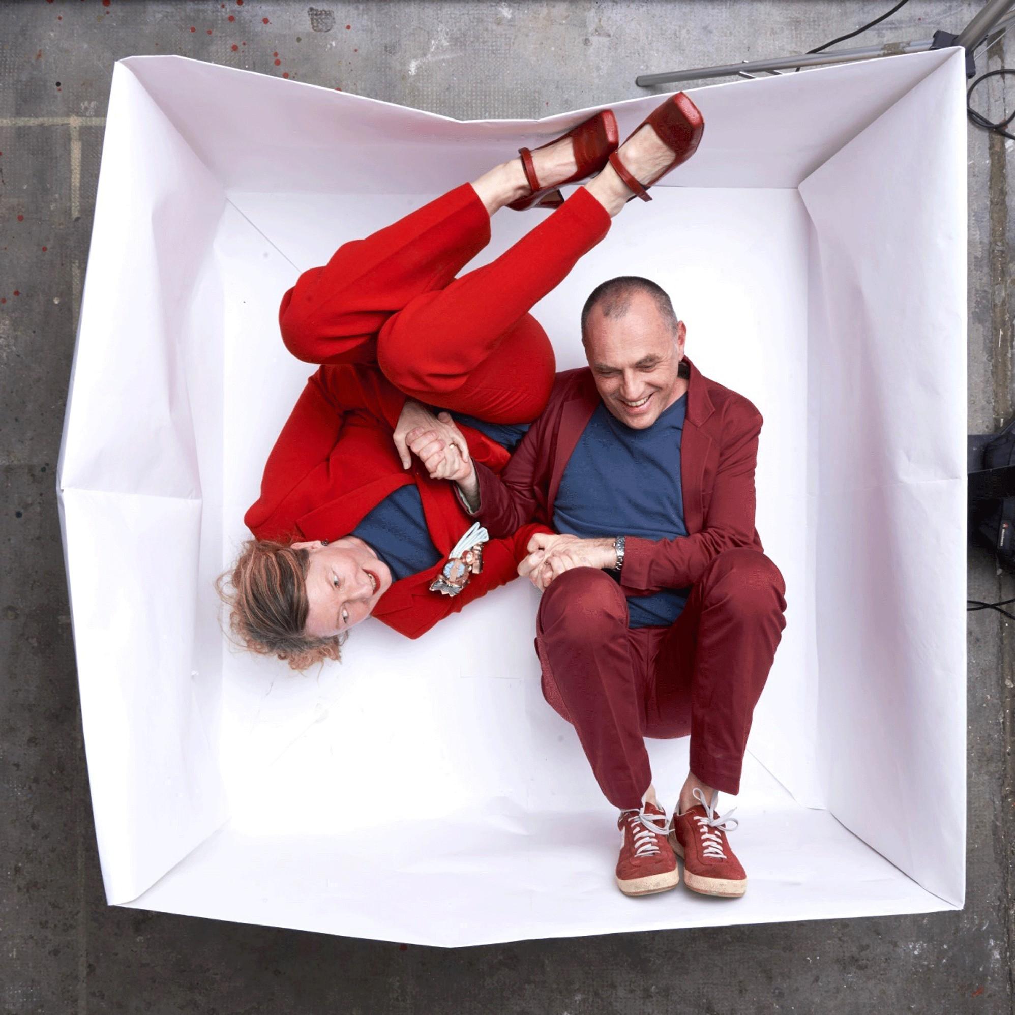 Helen Britton & David Bielander, Giftbox, Galerie Rob Koudijs, 2017. Foto met dank aan Galerie Rob Koudijs©