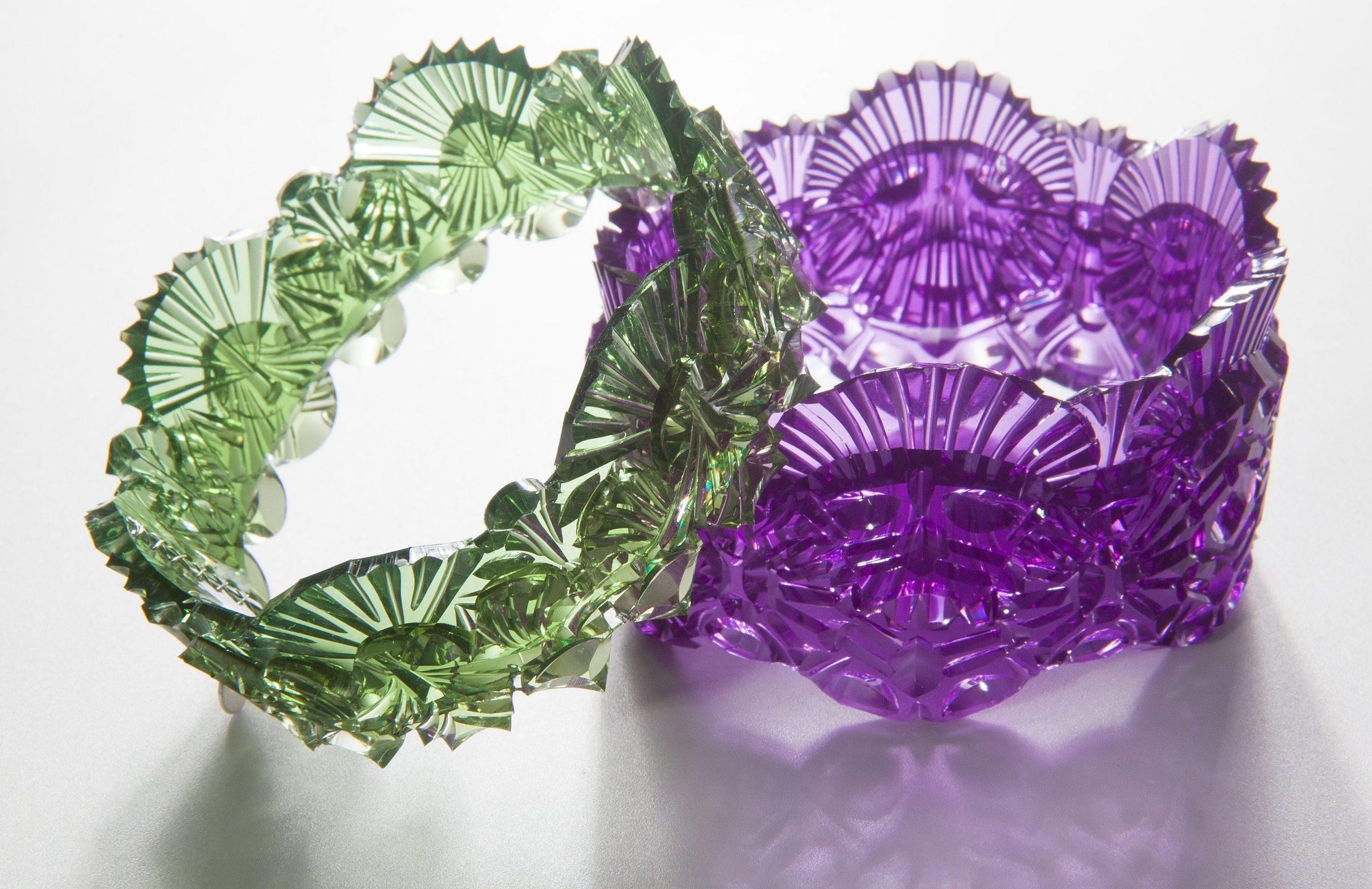 Kath Inglis, Weave cuffs, armbanden, 2014. Foto met dank aan Kath Inglis, Craig Arnold©