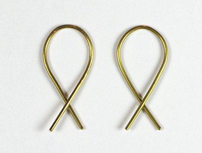 Marc Monzó, X earrings, oorsieraden. Foto met dank aan Gallery Funaki©