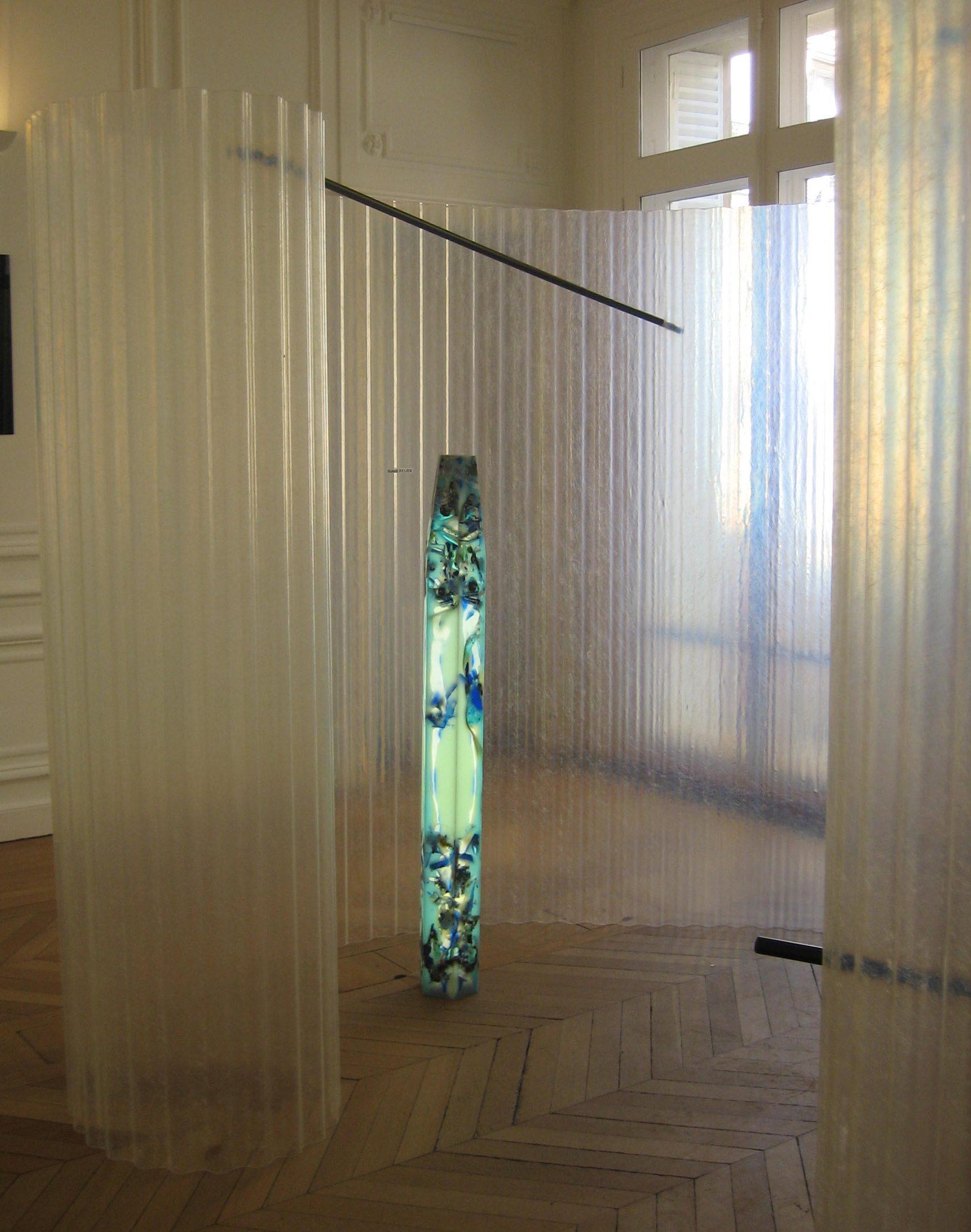 Boris de Beijer en Benedikt Fischer, lichtobject. Stralen & Reflecteren, Atelier Néerlandais, Parijs, oktober 2017. Foto Esther Doornbusch, CC BY 4.0