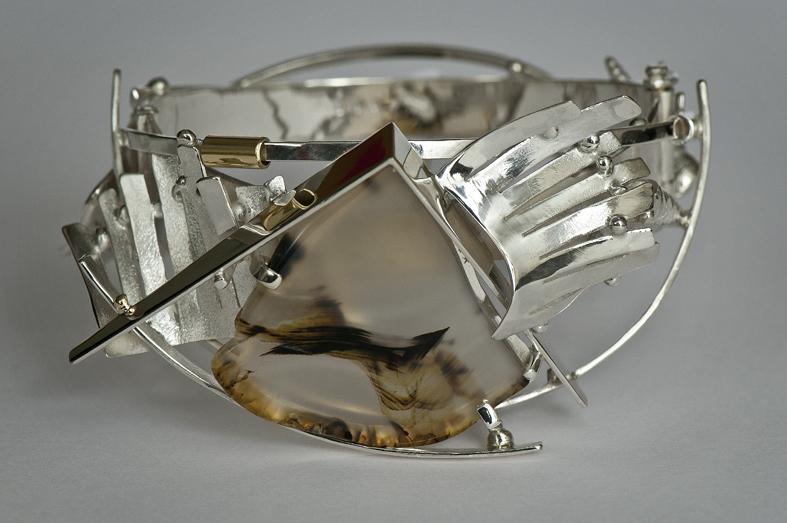 Anneke Schat, armband, 2013. Foto met dank aan Anneke Schat©
