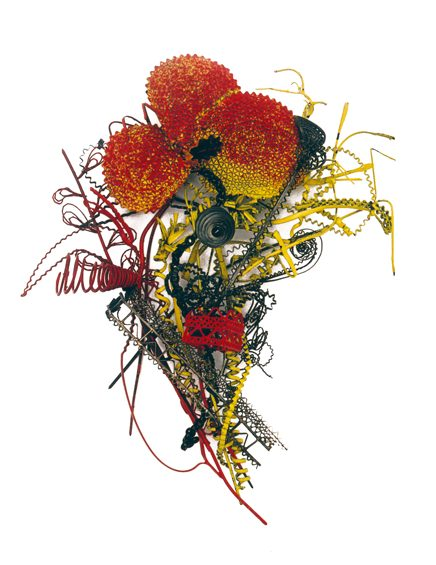 Robert Baines, Bloodier than Black, broche, 2001, collectie Espace Solidor. Foto met dank aan Espace Solidor©