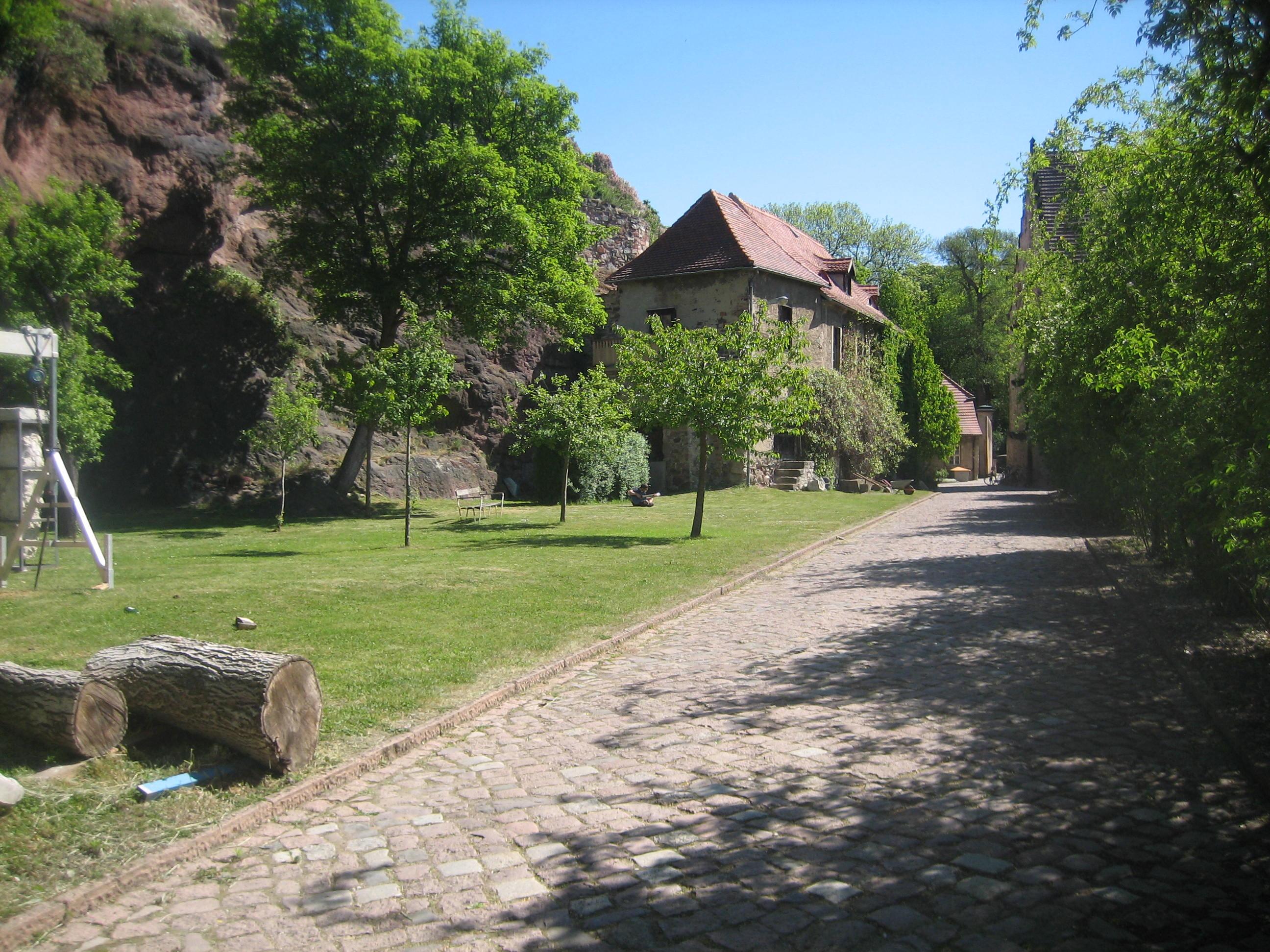Burg Giebichenstein, mei 2018. Foto Esther Doornbusch, CC BY 4.0
